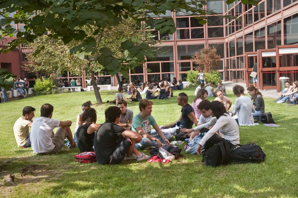 Università degli Studi di Milano-Bicocca イタリア 大学キャンパス